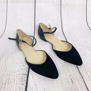 Garnet Hill Black Leather One Strap Sandals 10